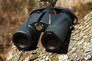 who-makes-nikon-binoculars